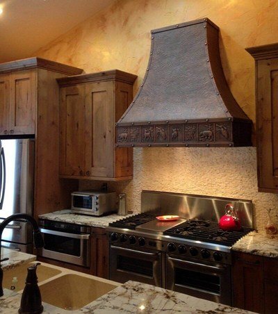 "Rustic Style Copper Range Hood ""New York"" Rustic Apron Pattern"