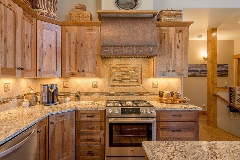 Atlanta Copper Range Hood with Rustic Apron Pattern