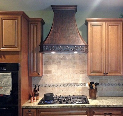 "Custom Apron & Soft-Hammering Traditional ""Venetian"" Copper Range Kitchen Hood"